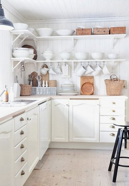 one_kings_lane_whiterooms_kitchen